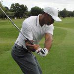ゴルフスイング!右肘の使い方と右手の動きと右脇の締め方!