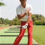 ゴルフスイング!左肘、左手(左手首)の使い方は?左脇の締め方とは?左肩の動きは?